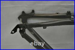 2005 Jamis Dakota AL MTB Bike Frame 17 Medium Grey SL Hardtail Disc USA Charity