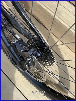 2019 Specialized Kenevo Expert Medium Mountain Bike E Bike