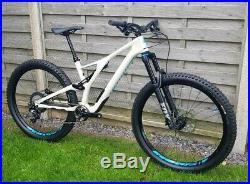 2019 Specialized Stumpjumper Carbon Comp 29er Mountain Bike