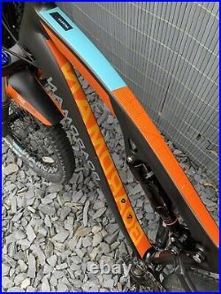 Boardman MTR 8.8 Full Suspension Mountain Bike. 27.5 Wheels. 18 (large) Frame
