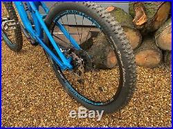 Canyon Strive CF 8.0 Full Suspension Mountain Bike High spec
