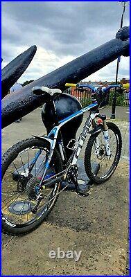 Cube reaction Gtc Full Carbon Fibre Mountain Bike