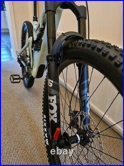 Focus Jam 6.9 2022 Full Suspension Mountain Bike