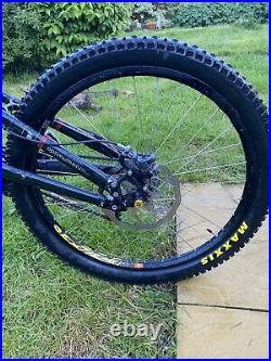 Full suspension downhill mountain bike