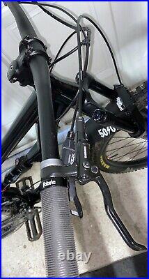 Full suspension mountain bike medium fram
