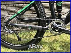 Giant Stance 2016 Mountain Bike (Size Medium)