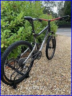 Giant Trance X4 Large Mountain Bike