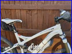 SPECILIZED Stumpjumper Elite 2009 Excellent condition. Rarely used