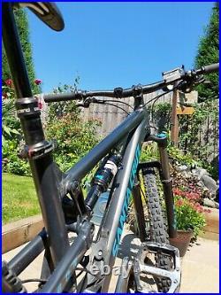 Santa cruz mountain bike medium