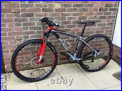 Specialized Carve Mountain Bike 29er Size Medium Exceptional