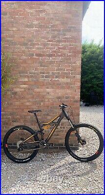 Specialized Enduro Evo Expert Full Suspension Mountain Bike