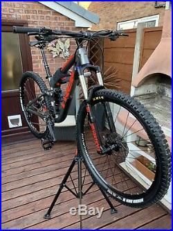 TREK Fuel Mountain Bike £1000+ of Extras and Service