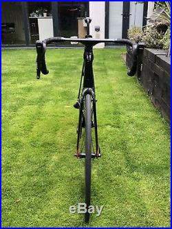 Trek Madone 9.9 56cm Aero Road Bike in MINT condition. SRAM Red Etap groupset