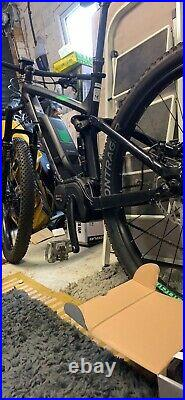 Trek Powerfly 8 Electric Mountain Bike excellent condition ridden 5 times
