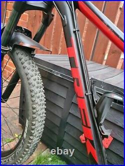 Trek Roscoe 7 2019 Medium 17.5 Mountain Bike Upgraded Parts 27.5