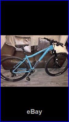 Voodoo bokor mountain bike 18