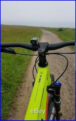 Whyte 901 Mountain Bike (2017 Model) Large Frame