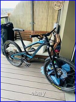 YT Capra AL 27.5 XL Mountain Bike Hope V4, 180mm Lyriks