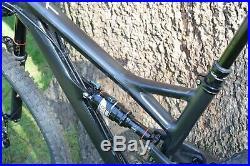 YT Jeffsy RAWR Jet Black CF Comp 1 Medium M Mountain Bike Carbon Frame