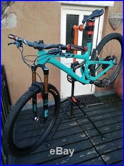 Yeti SB5.5 Mountain Bike, Size Large, Trail, Enduro PRICE DROP